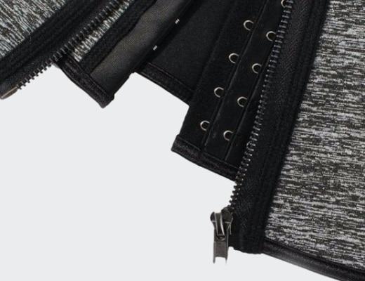 corset latex enveloppant front gris detail